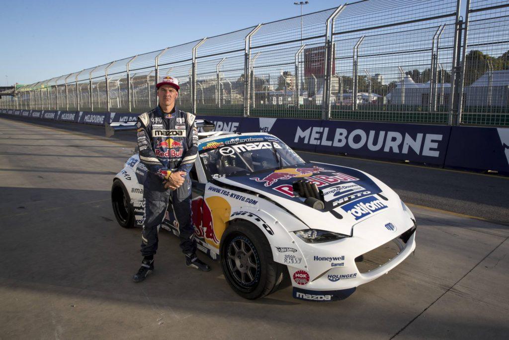 mad-mike-daniel-ricciardo-formula-1-drift-melbourne-australia-2018